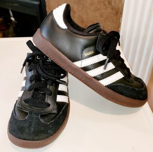 Adidas Samba Lace Up Leather & Suede Tennis Shoes